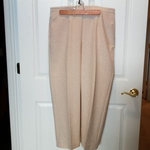 Linen look pants. Alfred Dunner. 16w. Like new.